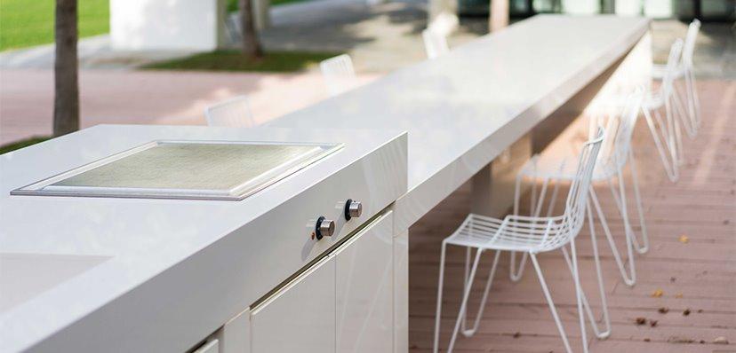 https://www.olzerigraniti.it/wp-content/uploads/2021/01/cucina-olzeri-graniti-lami-lapitec-outdoor.jpg