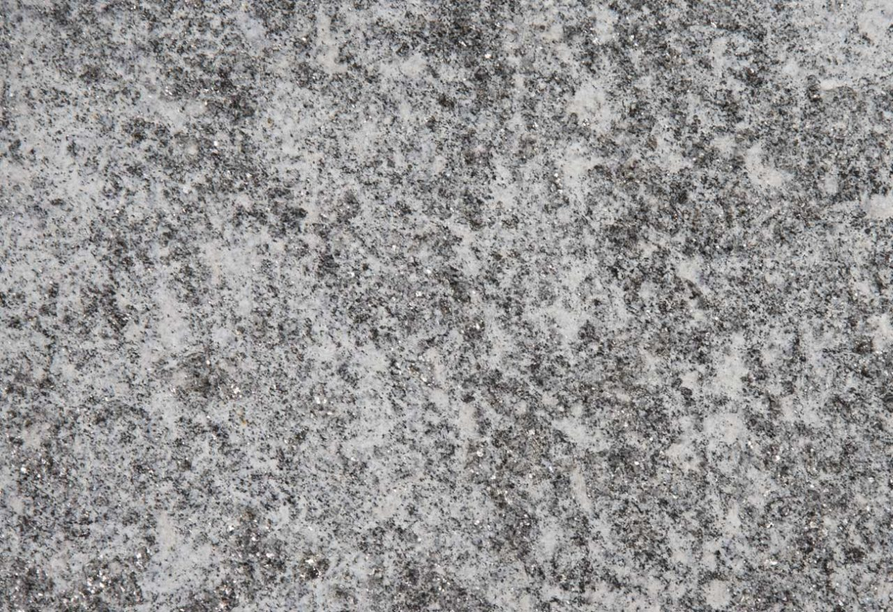 https://www.olzerigraniti.it/wp-content/uploads/2021/01/olzeri-graniti-lami-beola-grigia-1280x878.jpg