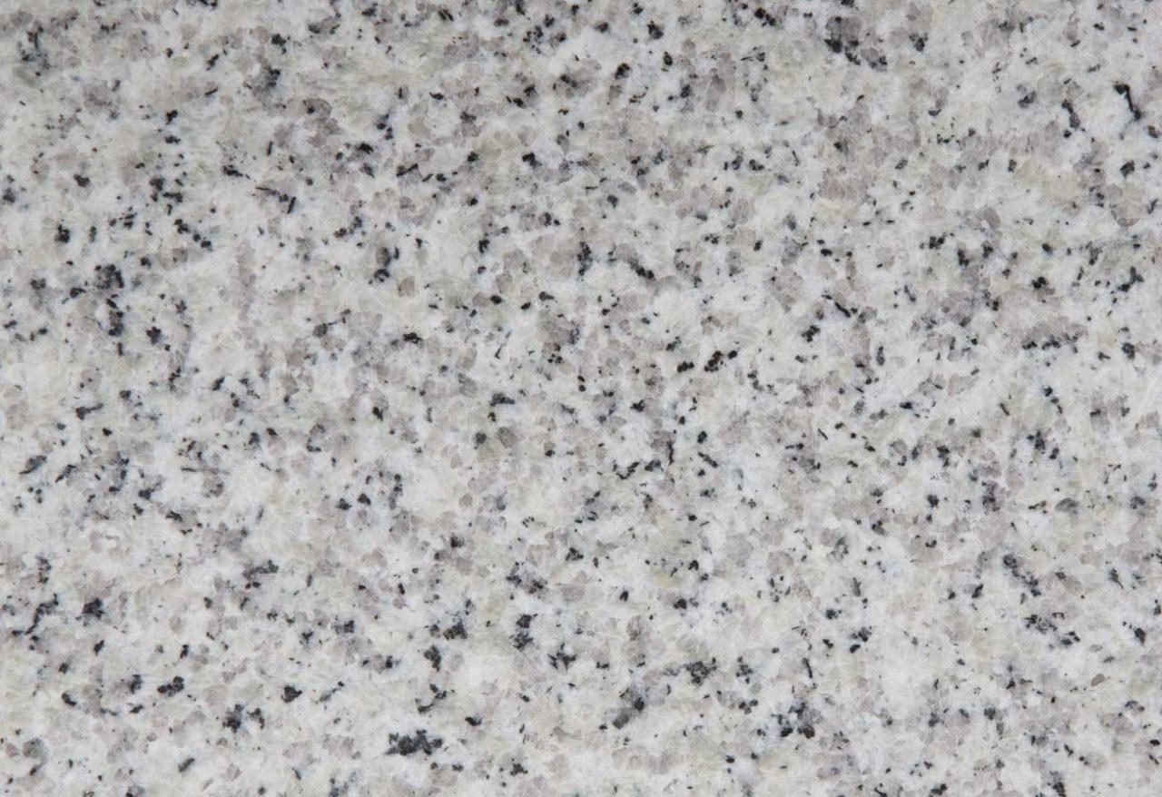 https://www.olzerigraniti.it/wp-content/uploads/2021/01/olzeri-graniti-lami-granito-bianco-montorfano-1280x878.jpg